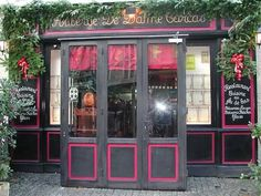 Amsterdam, Carcassonne, Liquor Cabinet, Home Decor, Havana, Cities, Decoration Home, Room Decor, Home Interior Design