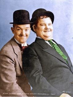 Laurel Et Hardy, Stan Laurel Oliver Hardy, Abbott And Costello, Classic Comedies, Hollywood Men, Iconic Photos, Iconic Characters, Studio Portraits, Film Movie