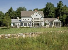 Crisp Architects - traditional - exterior - new york - Crisp Architects Cottage Style, Farmhouse Style, Shelters In The Woods, Garage Guest House, Traditional Exterior, Custom Built Homes, Architect Design, Home Builders, House Colors