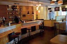 Vista del interior del Bar Aitzgorri. #donostia #sansebastian #bar #pintxos