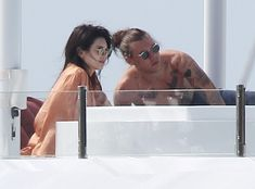 Kendall Jenner and Harry Styles Spotted on a Yacht Together While on Vacation in the Caribbean Kendall Jenner, Harry Styles, PDA