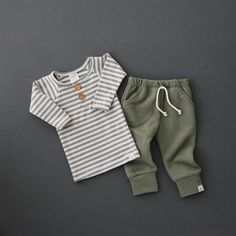 Cute, comfy & casual baby boy style is featured in our Holiday collection! So many cute items just in time for Christmas! Cute, comfy & casual baby boy style is featured in our Holiday collection! So many cute items just in time for Christmas! Trendy Baby Boy Clothes, Boys Clothes Style, Cute Baby Boy Outfits, Newborn Boy Clothes, Toddler Boy Outfits, Newborn Outfits, Boys Style, Little Boys Clothes, Little Boy Style