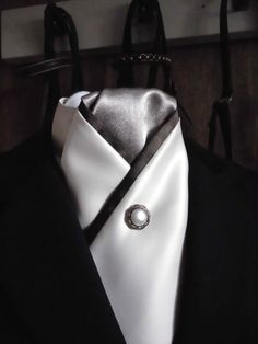 Ivory, chocolate and latte crossover stock tie by Equestrian Pzazz Please take a look at our page more more stunning and unique designs! https://www.facebook.com/eqpzazz