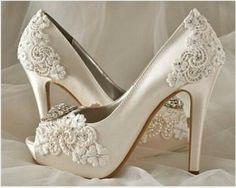 Los zapatos para la ceremonia