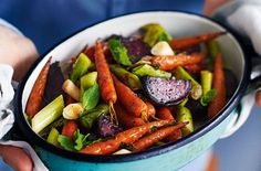 Baked beets with carrots and leeks