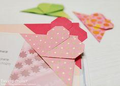 Style Cookbook by Simone: DIY Origami Heart Bookmark Origami Yoda, Origami Dragon, Origami Fish, Origami Heart, Diy Origami, Origami Paper, Diy Paper, Origami Folding, Paper Folding