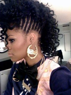 Mohawk hairstyles for black women; have a fun day with the latest Mohawk hairstyles for black women. Hottest & trendy Mohawk hairstyles for African American women Braided Mohawk Hairstyles, Mohawk Braid, Daily Hairstyles, American Hairstyles, Black Girls Hairstyles, Afro Hairstyles, Beehive Hairstyle, Girl Mohawk, Hairstyles 2018