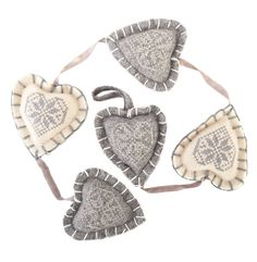 100% felt with cotton embroidery - grey/cream string of hearts