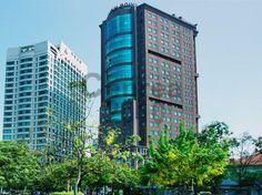 Văn phòng cho thuê quận 1 Mê Linh Point Tower Địa chỉ Ngô Đức Kế, quận 1, Tp,HCM Thông tin liên hệ: Địa chỉ: Ngô Đức Kế, Quận 1 Số tầng: 1 hầm - 22 tầng lầu Diện tích sàn: 453m2 Tổng diện tích: Diện tích cho thuê: 150m2 Giá thuê: 512.500 VNĐ/m2 (ước tính 25 USD/m2) Phí dịch vụ: Chưa bao gồm 6 USD phí quản lý Thuế GTGT: Chưa bao gồm 10 % VAT Phí gửi xe: Đang cập nhật Tiền điện: Theo giá điện nhà nước Thời hạn thuê: Tối thiểu 2 năm Đặt cọc, thanh toán: 3 tháng, thanh toán 3 tháng/1 lần