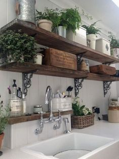 60 Stunning French Country Kitchen Decor Ideas When structuring a kitchen, the vast majority center firmly around association and productivity. While those genuinely are critical contemplations, keep in mind to give your kitchen an identity just as Read French Country Rug, French Country Kitchens, Country Farmhouse Decor, French Country Decorating, French Farmhouse, Country Bathrooms, Farmhouse Design, Rustic French, Farmhouse Garden