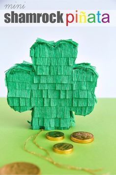 Mini Shamrock Pinata, perfect for St. Patty's Day!  See this fun party craft featured on @jen @ Pin-n-Tell.com 's #PinUP Pin Party: http://pin-n-tell.com/pinup-pin-party-st-pattys-day-fun/
