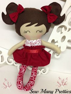 Celebrate Christmas with this special doll! This is a 15 inch Doll that is… Felt Dolls, Doll Toys, Baby Dolls, Best Baby Doll, Dolls And Daydreams, Tilda Toy, Sewing Dolls, Doll Tutorial, Diy Doll