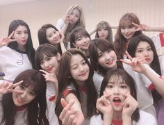 IZ*ONE GLOBAL (@IZONEGLOBALTW) | Twitter Kpop Girl Groups, Kpop Girls, K Pop, Eyes On Me, Sakura Miyawaki, Yu Jin, Japanese Girl Group, Kim Min, Group Photos