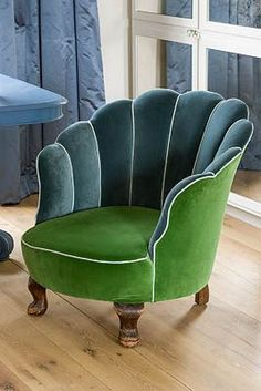I want this Blue Green chair & Paumage Decoracoes (paumage) on Pinterest