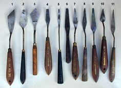 Which palette knife to use when painting