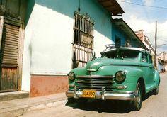 http://www.1000dias.com/ana/caminando-en-la-havana/
