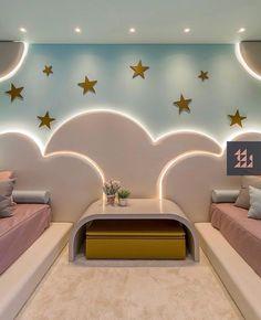 La imagen puede contener: tabla e interior Modern Kids Bedroom, Kids Bedroom Designs, Baby Room Design, Baby Room Decor, Cool Kids Rooms, Kids Room Furniture, Dream Rooms, Luxurious Bedrooms, Girl Room
