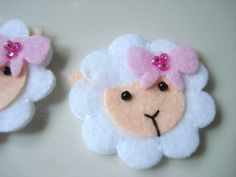 handmade felt Sheep with Pink bow: How cute would these be as a hair bow? CUTE!