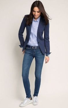 Dear stylist: I need a fitted blazer for tall women with long arms. Usually blazer arm lengths are too short. - 36 The Best Blazer Outfits Ideas For Women Best Blazer, Look Blazer, Blazer With Jeans, Women's Jeans, Casual Jeans, Denim Jeans For Women, Womens Blazer And Jeans, Fall Blazer, Summer Blazer