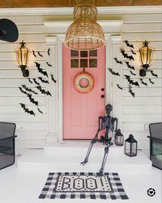 Halloween Bedroom, Halloween Kitchen, Pink Halloween, Halloween House, Holidays Halloween, Halloween Kids, Haunted Halloween, Halloween Inspo, Halloween 2020