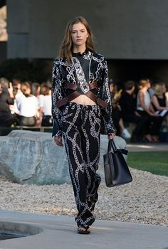 Paris in Palm Springs: see all the looks from Louis Vuitton Cruise 2016, Buro 24/7 Australia