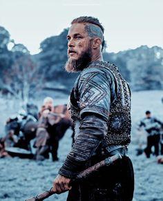 Vikings Show, Vikings Season, Vikings Tv Series, Viking Warrior, Viking Art, Arm Tattoo Viking, Viking Wallpaper, Ragnar Lothbrok Vikings, Viking Series