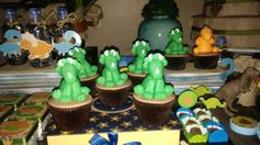 Cup cakes Dino