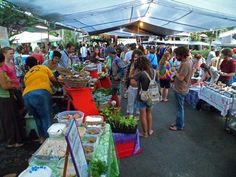 Kalapana farmers market is a lively night market with over 700 people showing up each Wednesday night for fresh produce, tasty food and live music entertainment.  Aloha and welcome everyone!
