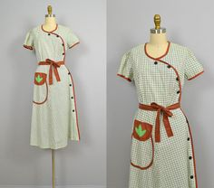 1940s dress / 40s Striped Cotton House Dress / Fruit of the Loom
