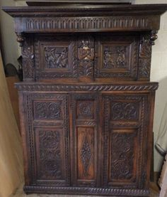 Victorian Court Cupboard - Antiques Atlas