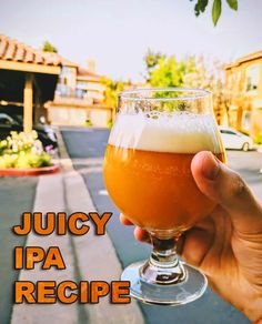 New England IPA: The juicy, hazy, and aromatically hoppy beer that is all the rave among craft beer lovers. Beer Brewing Kits, Brewing Recipes, Homebrew Recipes, Beer Recipes, Make Beer At Home, How To Make Beer, Ipa Recipe, Beer Making Kits, Grain Foods