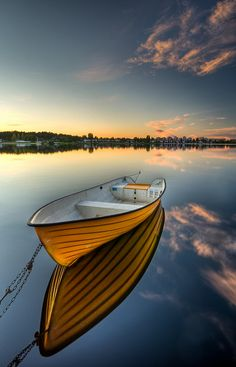 Solid-Faced Canvas Print Wall Art Print entitled Orange boat with strong reflection sunset in Karlstad, Sweden. Modern Art Paintings, Canvas Home, Art Moderne, Small Boats, Boat Plans, Wooden Boats, Water Crafts, Pictures To Paint, Belize