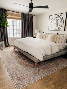 Velvet drapes are soft luxurious and super stylish. Learn how you can use them in your own home. Velvet drapes are so Dream Bedroom, Home Decor Bedroom, Master Bedroom, Home Interior, Interior Design, Interior Colors, Velvet Drapes, Bedroom Windows, Curtains For Wide Windows