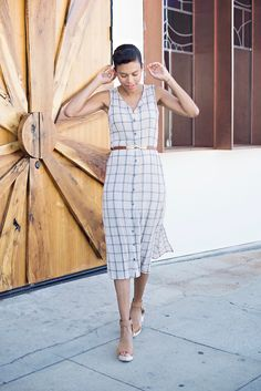 PERFECT summer dress right here! Mesh plaid dress from Michael Stars is simple, comfy and a great day to night summer (or spring) dress.