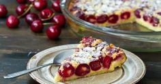 Recept na čerešňový clafoutis naozaj stojí za vyskúšanie! Výsledkom je vláčny, voňavý, jemnučký letný koláč, ktorý si zamilujete! Návod ako postupovať