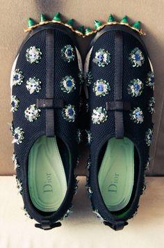 skirt dior sneakers