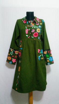 Haki yeşil otantik pazen elbise Short Sleeve Denim Dress, Cool Outfits, Casual Outfits, Blouse Models, Ethnic Outfits, Batik Dress, Christmas Fashion, Weekend Outfit, African Attire