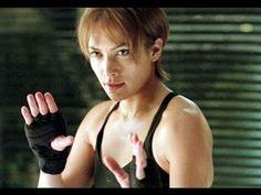 Jennifer Lopez :: Enough Movie Trailer 2002