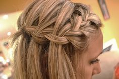 Loose side french braid. I need to learn how to do this!!
