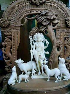 Shiva Hindu, Shiva Art, Krishna Art, Hindu Deities, Hindu Art, Om Namah Shivaya, Indian Gods, Indian Art, Ganesha Drawing