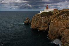 Existe Sempre Um Lugar:  Liberdade de pensar e de navegar. Tal como o mar...