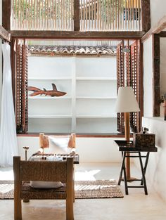Casa Tiba is a chic rustic 500 square meters house, situated in Trancoso, Brazil. Beach House Tour, Chic Beach House, Bohemian House, Style At Home, Home Interior, Modern Interior Design, Scandinavian Home, Home Fashion, Living Spaces