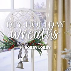 Try out a stylish, affordable twist on your classic holiday wreath this year with a one-of-a-kind DIY! Christmas Star, Christmas Holidays, Happy Holidays, Diy Snowman Decorations, Christmas Decorations, Decor Crafts, Diy Crafts, Diy Projects Videos, Diy Wreath