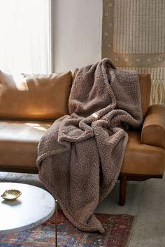 4a2aa26a73f9 Amped Fleece Throw Blanket