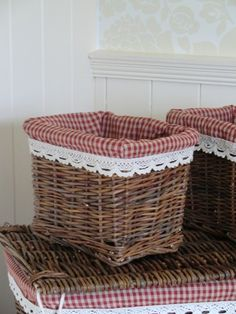 Small Red Gingham Willow Basket