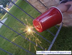 Sparkler Shield [4th of July Fireworks] Still at 33 I am scared to death of sparklers. Should have seen this about 30 years ago. Another great idea for a Red Solo Cup