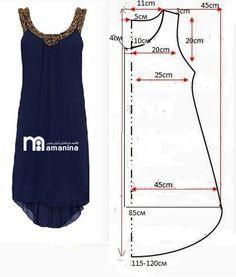 Egyszerű, hátul hosszított ruha