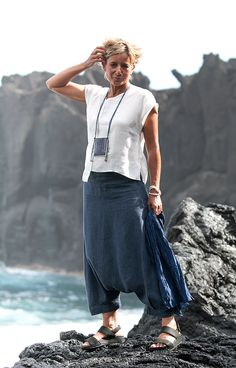 Women's apparel: pure white linen asymmetrical
