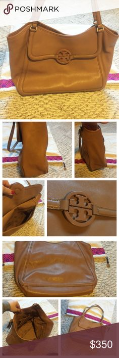 """Tory Burch Amanda easy tote Amanda Easy Tote is crafted in rich pebbled Italian leather with a buttery soft feel. Its functional shape, finished with a tonal logo, is detailed with discrete magnetic closures, plenty of pockets to help you stay organized. In EUC no tears, no rips, no stains. 3 interior pockets. Logo jacquard lining. Light gold hardware. Flat leather handle with 11.5"""" (29cm) drop. Height: 12"""" (30cm) Length: 17"""" (43cm) Depth: 5"""" (13cm) // OPEN to trades - but it will have to be…"""