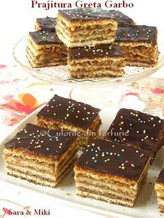 Romanian Desserts, Romanian Food, Strudel, Biscuits, Delicious Desserts, Bacon, Sweet Treats, Food And Drink, Sweets
